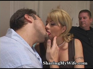 Married Woman Cheats With Stud | marriedwoman