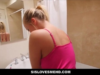 Stepbrother cums inside sister while she brushes her teeth   cumsisterstepbrother
