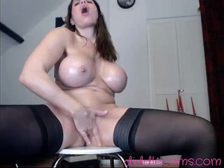Hotjuliaxxx in a Live Adult Video Chat Room Cam | adultcamshowchat
